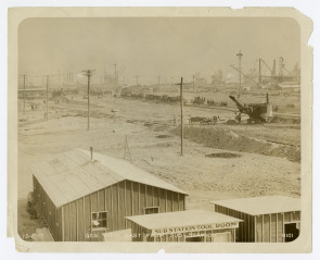 General View of Hog Island, East from Sub-Station . Image provided by Historical Society of Pennsylvania